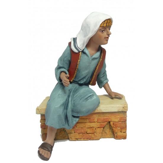 Niño sentado recostado ( solo niño )