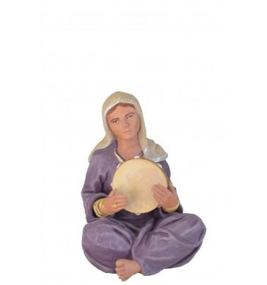 Mujer con pandereta
